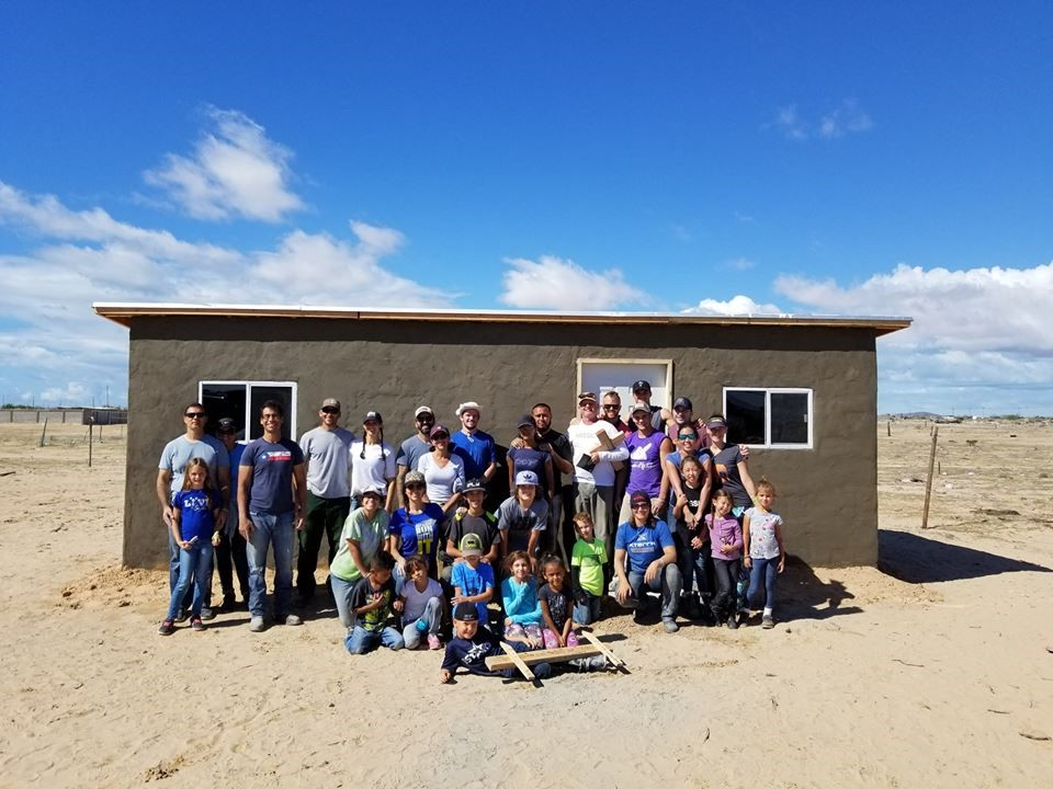1Mission builds its 800th house!